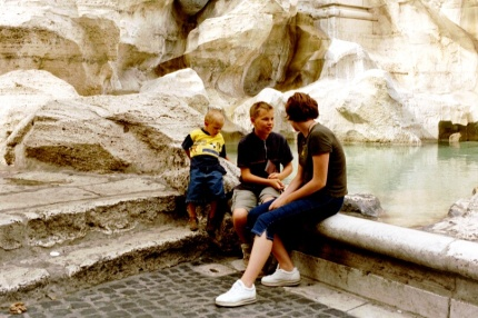 Barnen vid Fontana di Trevi HCG 2000