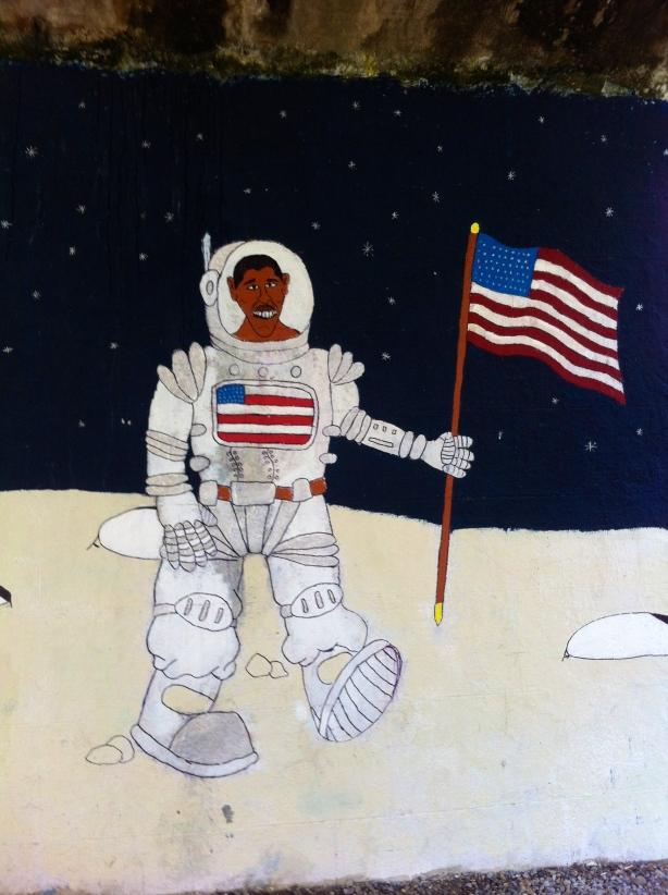 Barack Obama on the moon  HCG2013
