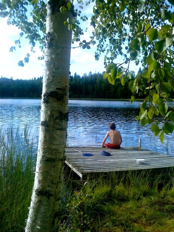 CL en morgon vid en sjö i Järvsö